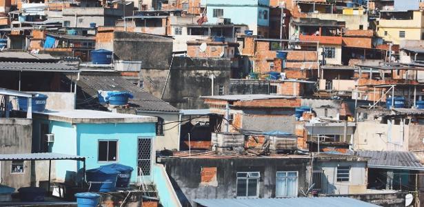 'Somos excluídos': prevenção ao corona 'esquece' favelas sem saneamento