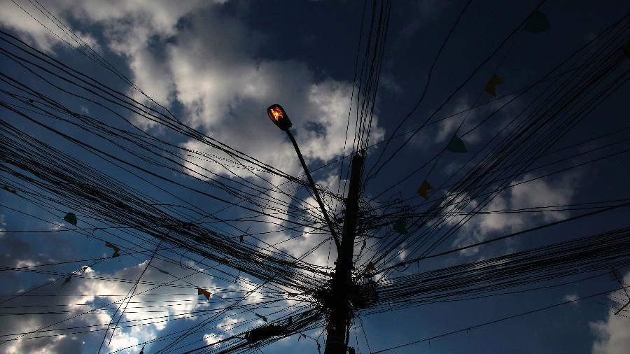 Aneel aprova retorno de corte de energia por falta de pagamento - Nacho Doce