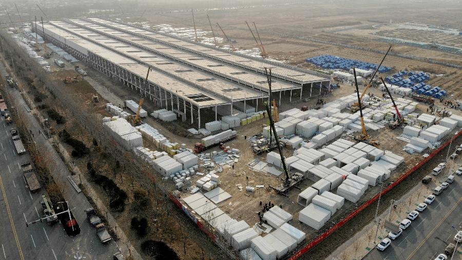 Imagem aérea de um centro de quarentena em construção na China - Xinhua