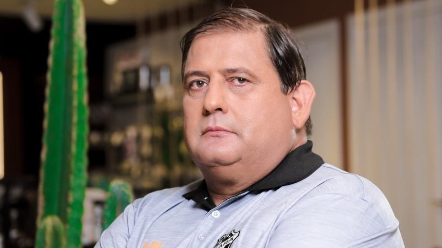 Guto Ferreira foi criticado por causa de fotos em que posou como modelo - Divulgação/ Ceará