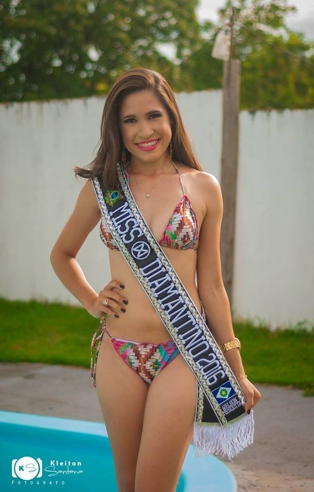 27.jan.2016 - Diamantino - Bruna Nascimento Xavier, 21 anos