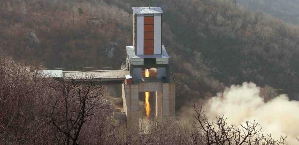 Foto de agência do governo norte-coreano mostra um suposto teste nuclear ao norte de Pyongyang
