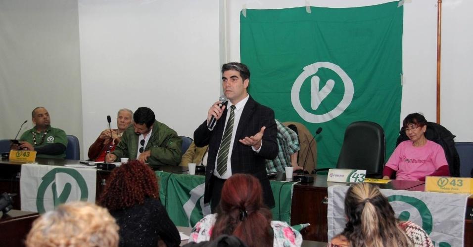 5.ago.2016 - Em convenção, o PV definiu nome de Marcello Chiod como candidato à Prefeitura de Porto Alegre