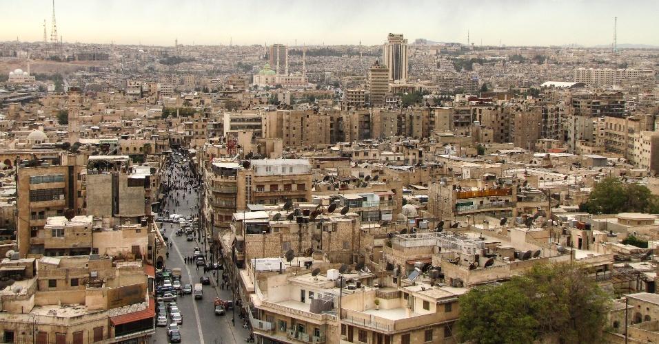 Aleppo foi um importante centro otomano e mameluco. Os quarteirões modernos ainda conservavam muitos dos traçados medievais das ruas