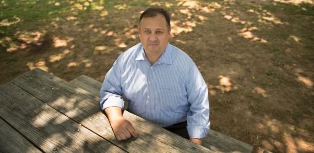 Walter Shaub, que renunciou ao cargo de diretor do Escritório do Ética do Governo, em Alexandria, Virgínia (EUA)