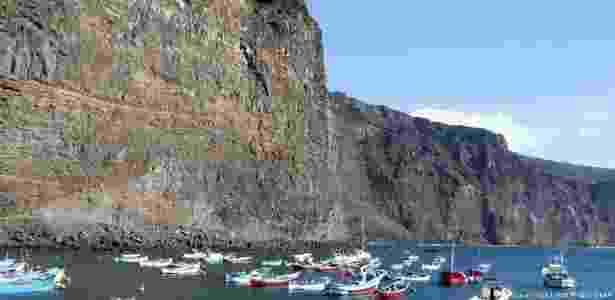 Barcos estacionados nas Ilhas Canárias, de onde partiu o veleiro que levou Marianne Eerenstein até Salvador, na Bahia - PictureAlliance/Arco Images GmbH/DW