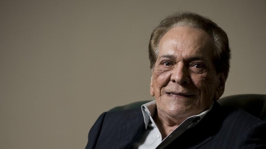 Resultado de imagem para comediante Lúcio Mauro