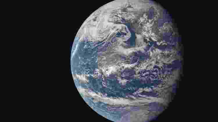 A Terra é azul porque sua atmosfera é rica em nitrogênio e oxigênio - AFP/Nasa/Divulgação - AFP/Nasa/Divulgação