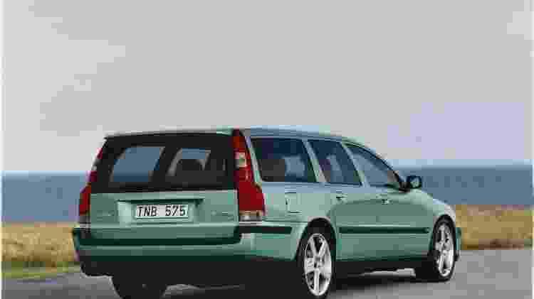 Volvo V70 R - Divulgação  - Divulgação