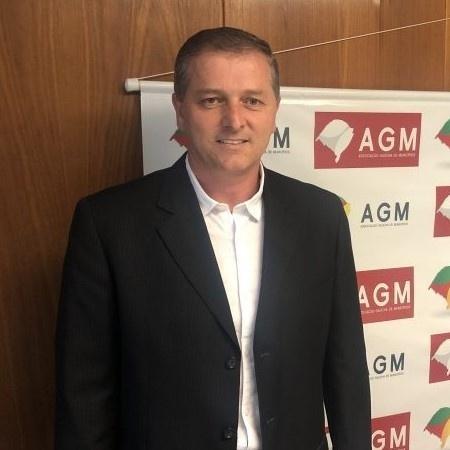 Prefeito de Itapuca, Marcos José Scorsatto (DEM), foi baleado em seu gabinete - Divulgação/Prefeitura de Itapuca