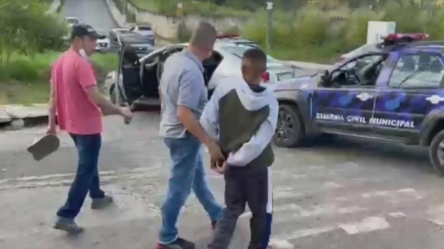 Polícia realiza prisões em flagrante após o sequestro  - Reprodução/RGTV