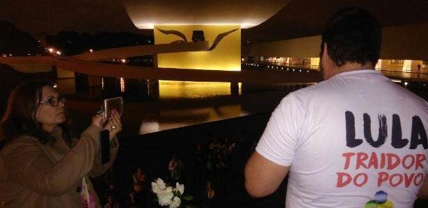 Mesa com flores e incenso fez parte de ato ecumênico pró-Lava Jato em Curitiba