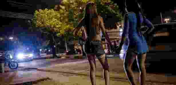 Rua passou a ser chamada pelos moradores da cidade de rua Ochenta (oitenta, em espanhol), em referência ao valor médio cobrado por uma hora de programa com as venezuelanas - Jéssica Paula/Agência Aids