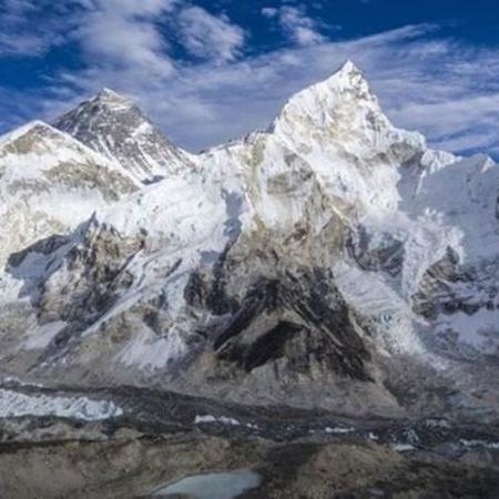 A maior parte dos corpos que apareceram está no glaciar de Khumbu - Frank Bienewald/BBC