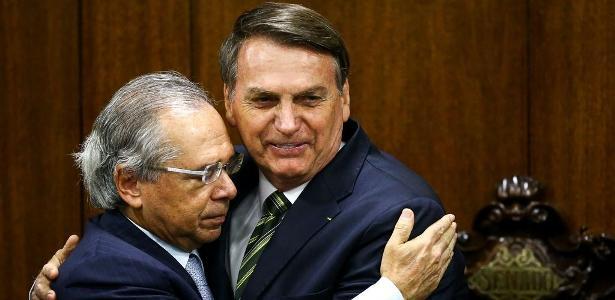 Bolsonaro Comenta Fala De Guedes Sobre AI-5: 'eu Falo De