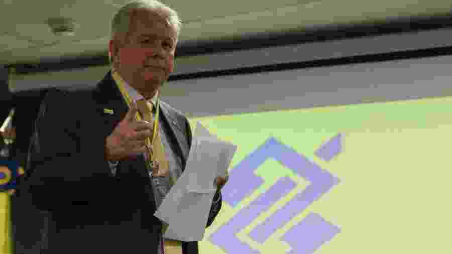 """Medida, segundo o presidente Rubem Novaes, mostra que o banco está buscando """"aliar a oferta de produtos e serviços de qualidade"""" - Fabio Rodrigues Pozzebom/Agência Brasil"""