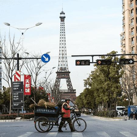 A Paris chinesa, Tianducheng, deixa mais claras as diferenças quando vista de perto - Divulgação - Divulgação