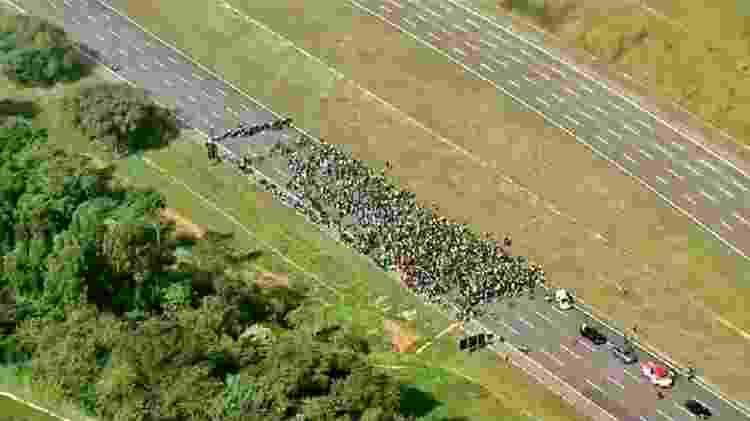 Imagem aérea de manifestação com a presença do presidente Jair Bolsonaro - Reprodução/Twitter - Reprodução/Twitter