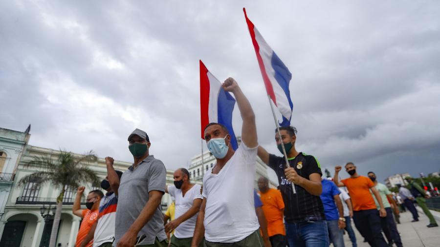 Ações são motivadas por repressão a manifestantes na ilha - Yander Zamora / Agência Anadolu via Getty Images
