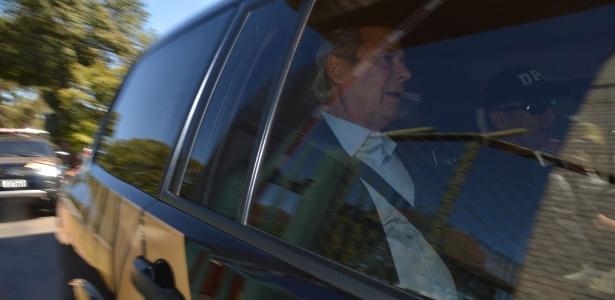O ex-ministro da Casa Civil José Dirceu deixou a carceragem da Superintendência da Polícia Federal em Brasília - Marcello Casal/Agência Brasil