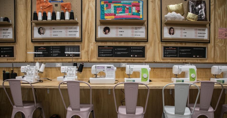 Sala com máquinas de costura da Zôdio