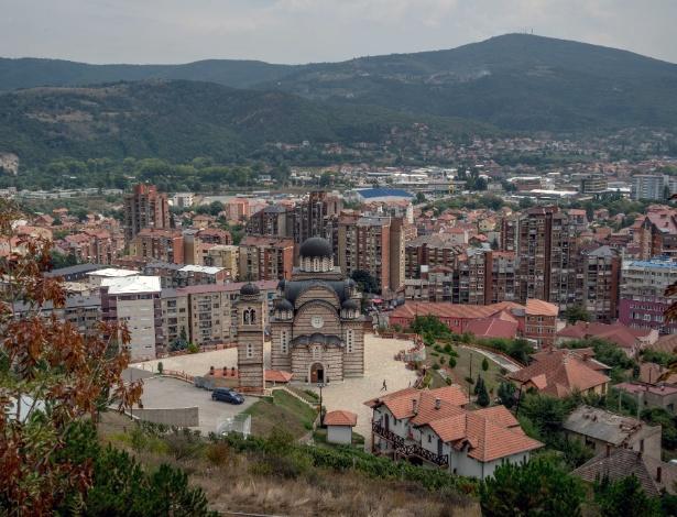 Igreja Ortodoxa Servia em Mitrovica, no Kosovo - Andrew Testa/The New York Times