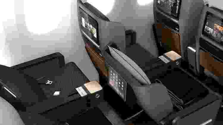 Assentos do setor econômico premium de um Boeing 787-9 da companhia aérea australiana Qantas Airways - Qantar Airways/Divulgação - Qantar Airways/Divulgação