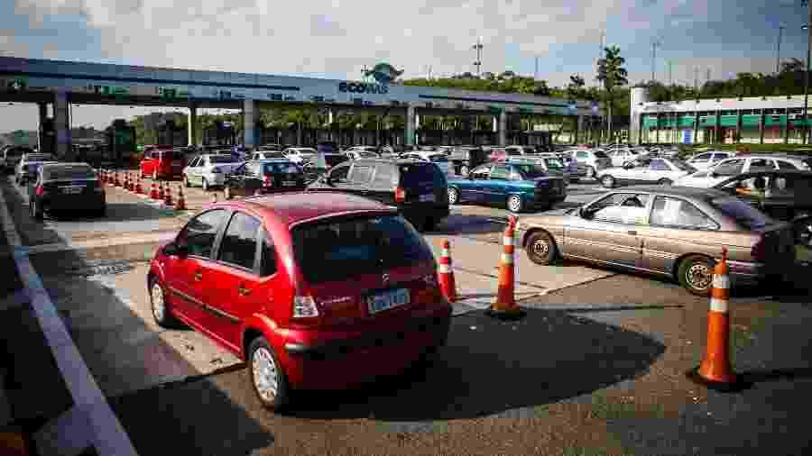 Pedágio na Rodovia dos Imigrantes, em São Bernardo do Campo, no sentido litoral - Avener Prado/Folhapress
