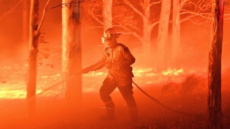 Os incêndios na Austrália deixaram milhões de hectares arrasados por chamas - AFP