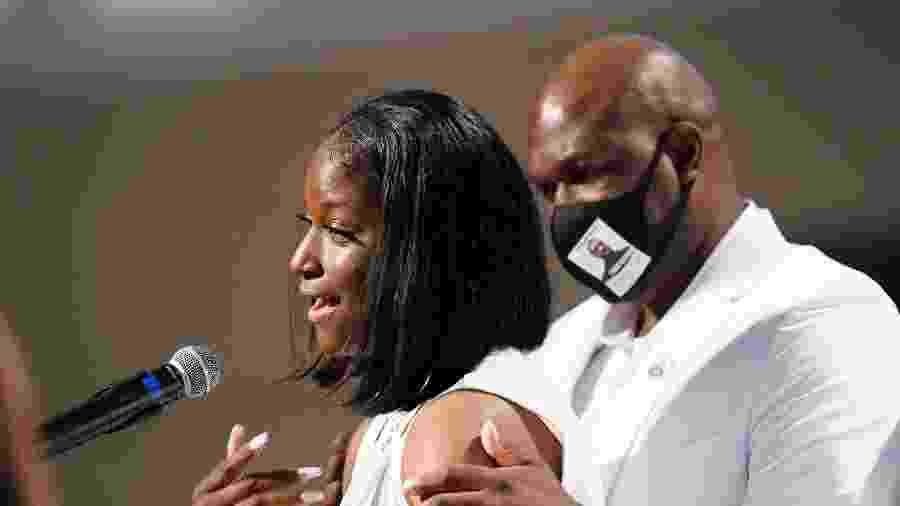 Brooke Williams, sobrinha de George Floyd, discursa no segundo dia de funeral em Houston, no Texas - Getty Images