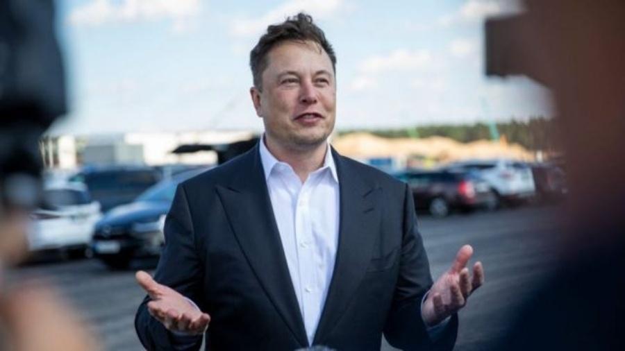 As ações da empresa de carros elétricos de Elon Musk subiram mais de 700% em 2020 - Getty Images