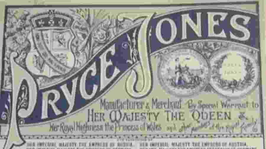 Acredita-se que o catálogo Pryce Jones tenha sido o primeiro catálogo de mala direta quando começou, em 1861 - BBC