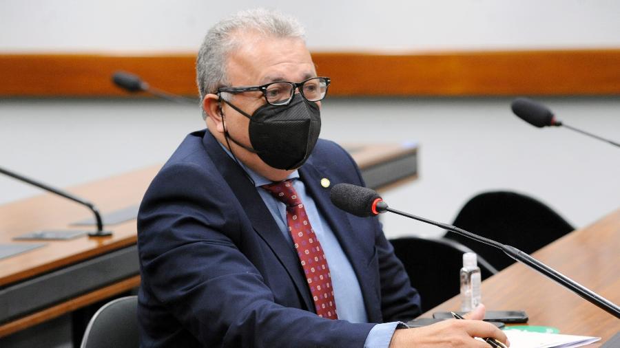 Deputado Elias Vaz é um dos parlamentares que encaminharam representação ao TCU e à PG - Gustavo Sales/Câmara dos Deputados