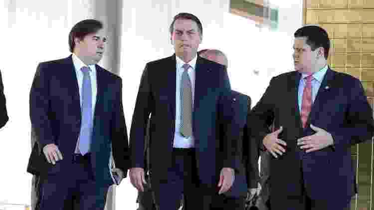 28.mai.2019 - O presidente Jair Bolsonaro com os presidente do STF, Dias Toffoli, da Câmara, Rodrigo Maia (DEM-RJ) e do Senado, Davi Alcolumbre (DEM-AP) - Marcos Corrêa/PR