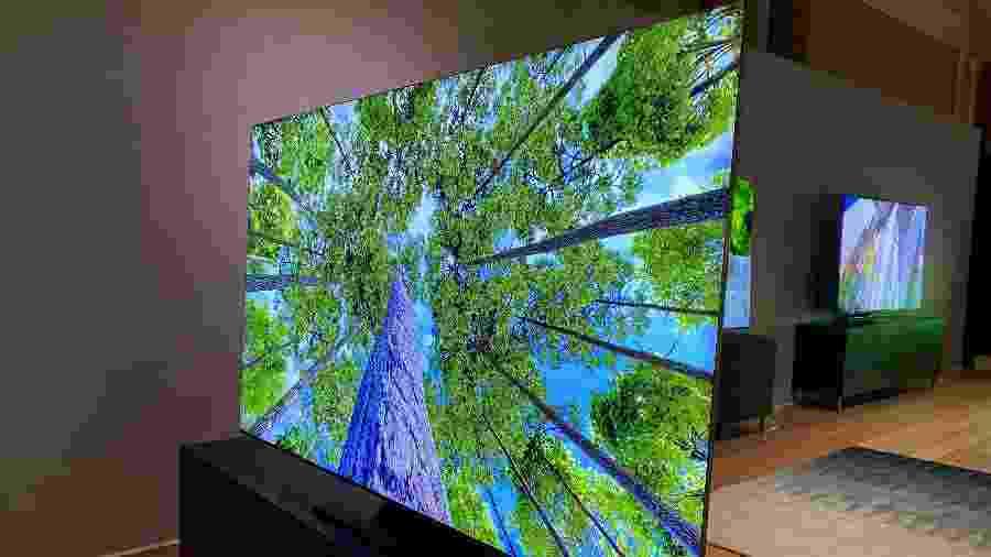 TV 8K da Samsung exibida na feira CES 2020, em Las Vegas - Gabriel Francisco Ribeiro/UOL
