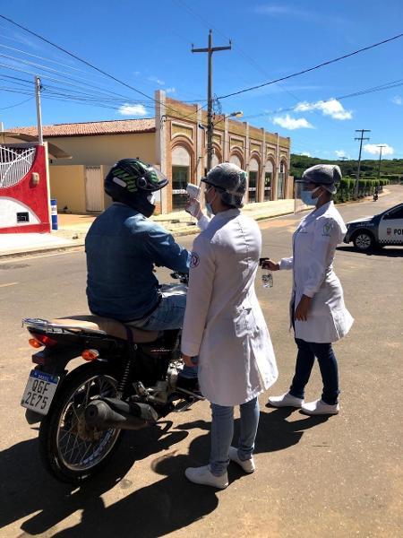 Trabalho de prevenção à covid-19 em João Dias (RN) - Imagem cedida ao UOL