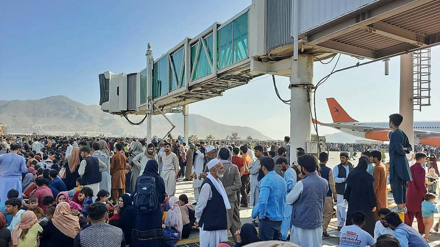 Aeroporto de Cabul registra novo tumulto; tropas dos EUA atiram para o alto - AFP
