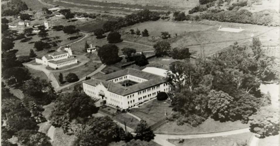 Vista aérea da Faculdade de Ciências Agrárias e Veterinárias da Unesp - Jaboticabal (1965)