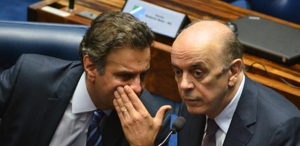Aécio (e) e Serra estariam na lista de pedidos de abertura de inquéritos enviada por Janot ao STF