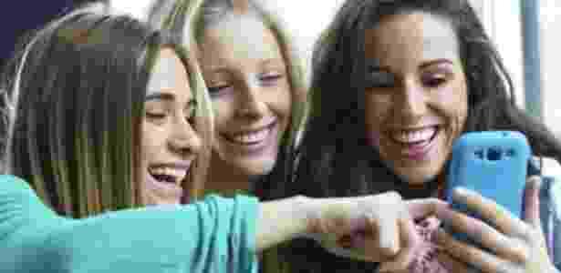 Mais de 60% dos jovens americanos entre 13 e 34 anos usam Snapchat nos EUA, segundo empresa por trás do aplicativo - Thinkstock