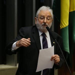 O deputado Ivan Valente é líder da bancada do PSOL na Câmara