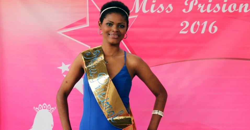Camila Kellen Ribeiro Dias, 28, 1,75 m, 57 kg, natural de Belo Horizonte, representa a região metropolitana de Belo Horizonte