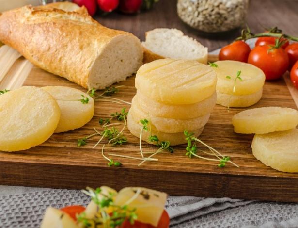 Tvaruzky, queijo muito fedido e apreciado pelos tchecos, virou sorvete. Pra nossa sorte, as fotos ainda não têm cheiro