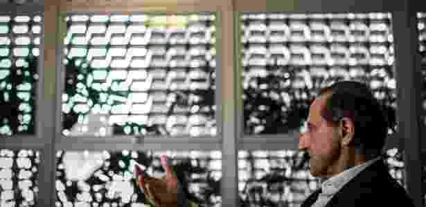 O presidente da Fiesp, Paulo Skaf, em entrevista ao UOL na sede da federação - Bruno Santos/UOL - Bruno Santos/UOL