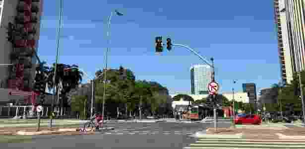 iPhone 8 - Foto céu azul - UOL - UOL