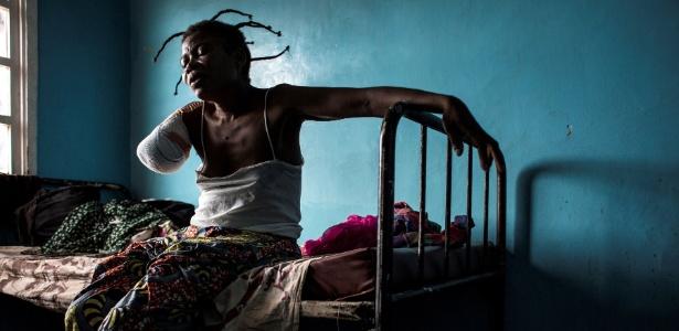 Moradores de Kasai levam consigo a dor das perdas e ferimentos provocados pela violência na região - AFP PHOTO / JOHN WESSELS