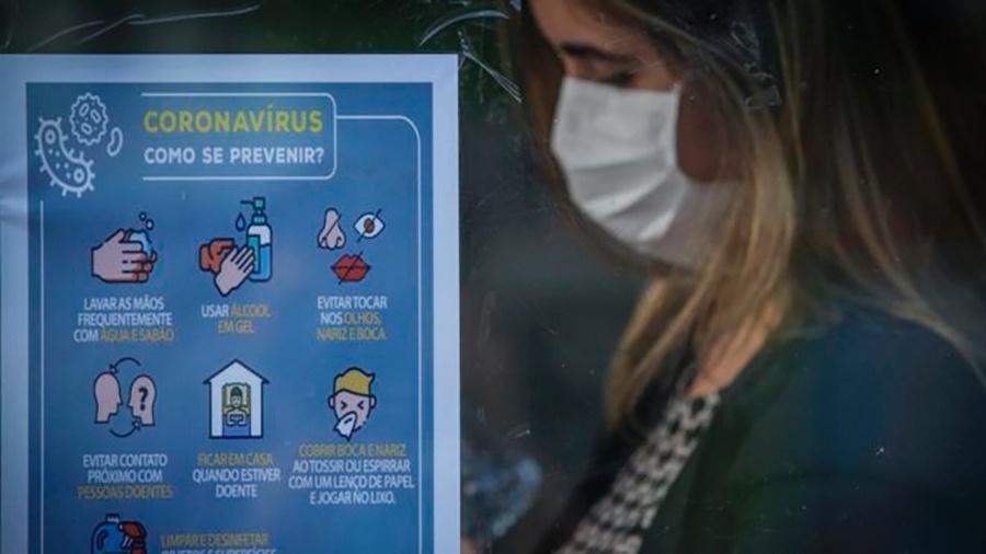 """Ministério da Saúde orientou isolamento social, mas presidente lançou campanha para o Brasil """"voltar à normalidade"""" - Getty Images"""