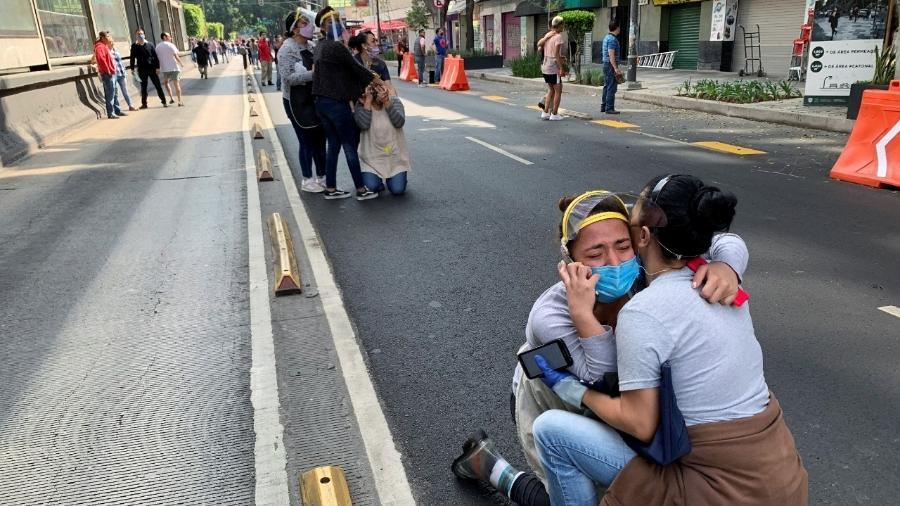 O Sistema Sismológico do México apontou que um dos terremotos registrados em sequência foi de magnitude 7,5 na escala Richter - TOMAS BRAVO/REUTERS