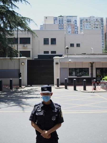 27/07/2020 - Consulado dos Estados Unidos em Chengdu (China) é desativado - Noel Celis / AFP