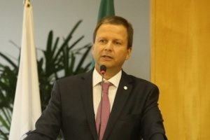 Cláudio Lamachia discursa cerimônia em cerimônia da OAB (Ordem dos Advogados do Brasil) em fevereiro